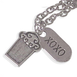 Grote cupcake en xoxo damesketting en kinderketting ladies charm